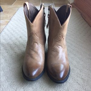Ariat Two-Toned Cowboy Booties